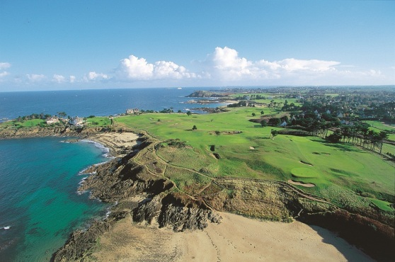 The Dinard Golf course, at St Briac, is the second oldest in France.